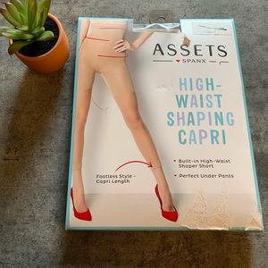 Assets Spanx high waisted shaping Capri